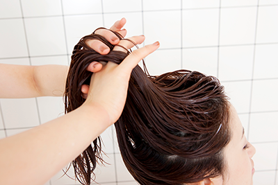 リラクゼーション効果を感じながら、健康なツヤ髪へ